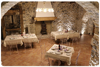 Sedia trasparente Lucienne all'Historic Boutique Hotel Maccarunera