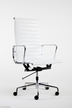 Sillón Mod LUMYAN  CHAIR - Riv. Cuero - Blanco