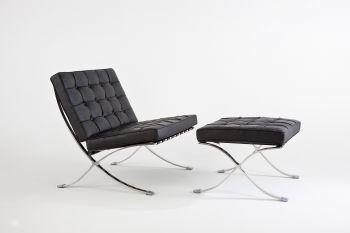 Fotel Elegance z Czarnej skóry z pufem